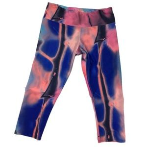 Onzie Athletic tights leggings capris m/L pink